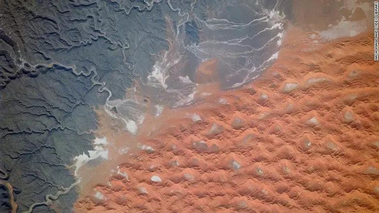 Tifernine dunes Algeria